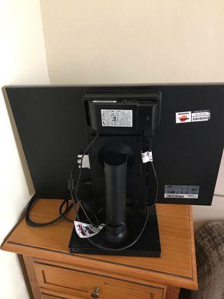 ordenador completo ,pantalla Samsung y torre hp