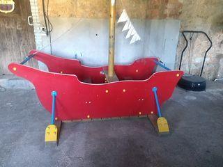 es un barco para jardín