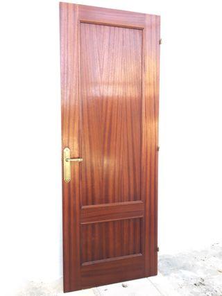 3 Puertas de madera de interior