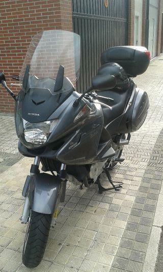 Honda Deuville 700cc