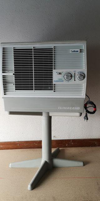 Acondicionador de aire evaporativo portatil. ufesa