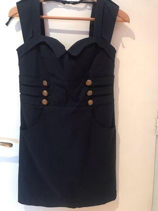 5661299440 Vestido estilo pin up de segunda mano en Barcelona en WALLAPOP