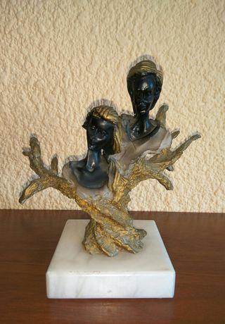 Figura escultura