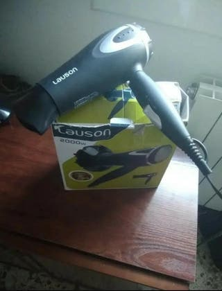 secador de pelo en buen estado y funcionamiento