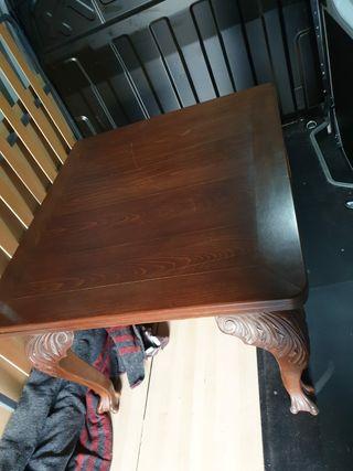 mesa tallada antigua