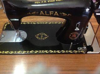 Alfa maquina de coser