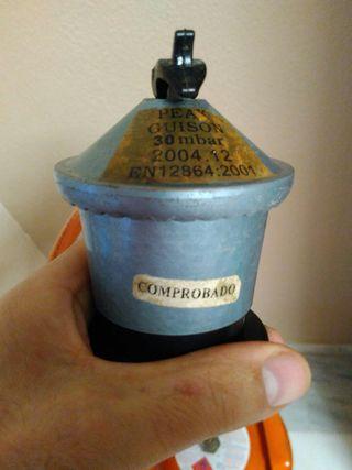 Regulador (alcachofa) de gas más regalo