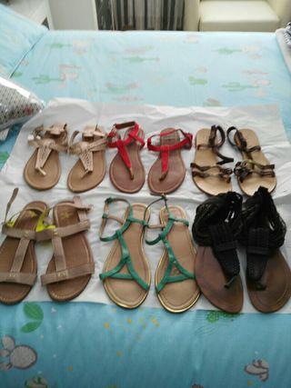 6 pares de sandalias planas