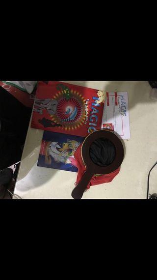 Libro y bolsa magia