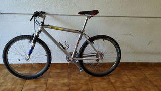 bicicleta MTB Macario