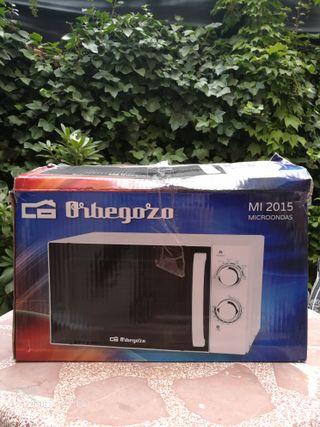 Microondas Orbegozo MI 700W 20L