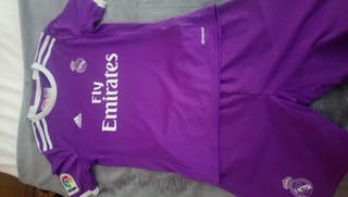 Real Madrid - Adidas (10-11)
