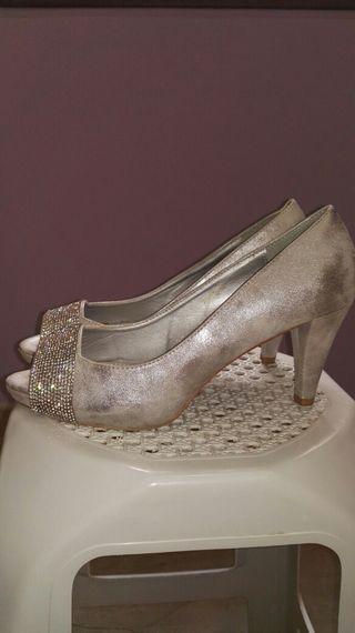 zapatos tacón Núm 41