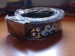 Cinturón negro con dibujos Kukuxumusu