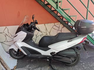 scooter Kymco 300 Grand Dink