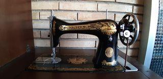Máquina de coser SINGER ESFINGE de 1920