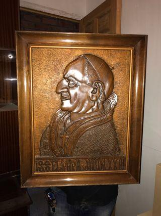 Cuadro antiguo madera tallada Juan XXIII