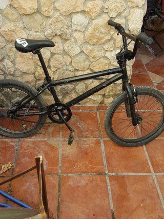 BICICLETA BMX wipe 3