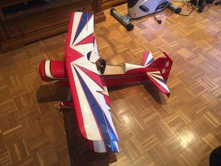 Avión biplano rc