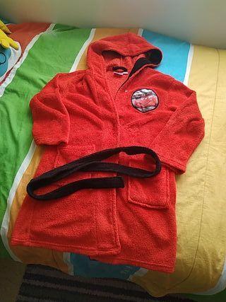 011b4a0ccf Albornoz Rojo de segunda mano. Bata Albornoz de 5 7 años