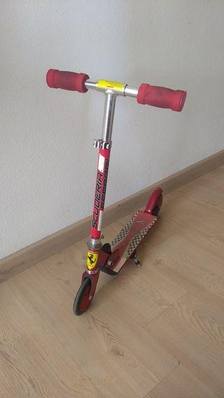 Patinete Ferrari
