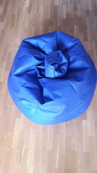 Puff de polipiel azul