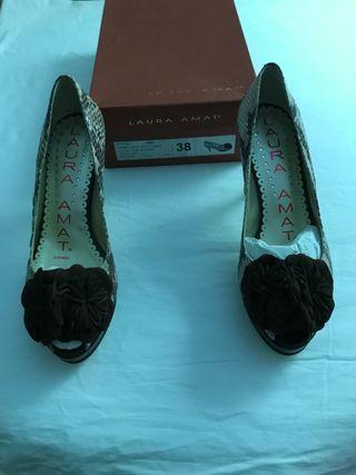 Zapato de piel LAURA AMAT nuevo color BOA/CREAM