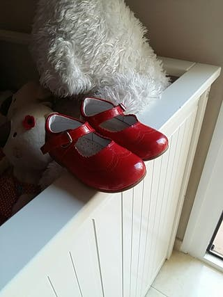 zapatos rojos d'bebe