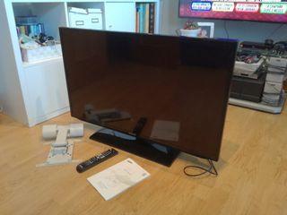 Televisor Smart TV.