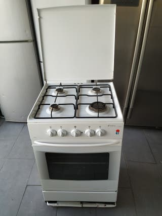 Cocina Edesa 4 fuegos + horno gas