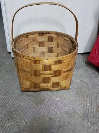 cesta para recoger setas