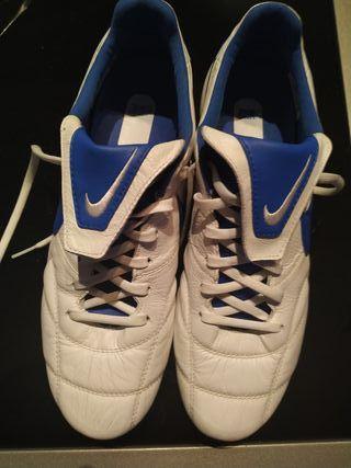 botas de futbol NIKE premier 2.0 FG