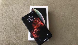 IPHONE XS MAX 800 €