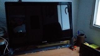 Ordenador de sobremesa y televisor, en uno solo.