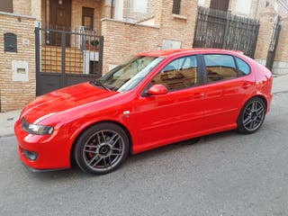 SEAT Leon fr 2005 cambio o vendo por Audi a3 o a4 avant por aumento de familia
