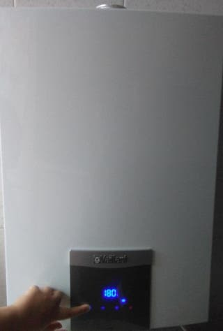 Calentador Estanco Vaillant turboMAG PLUS- 16 litr