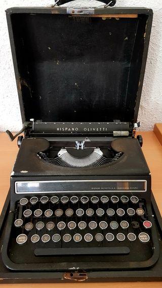 Antigua Máquina de escribir Hispano Olivetti