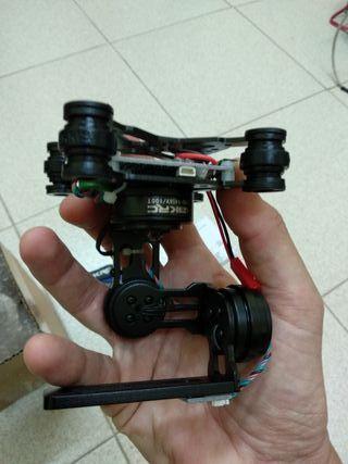 Gimbal 3 ejes para cámara tipo gopro