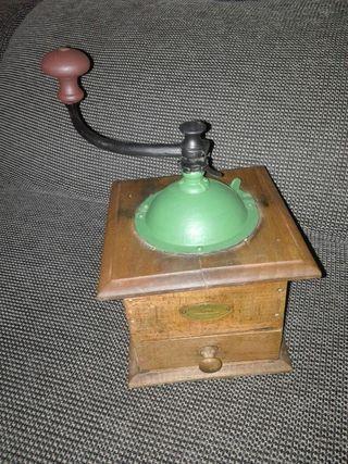 molinet de cafe vintage