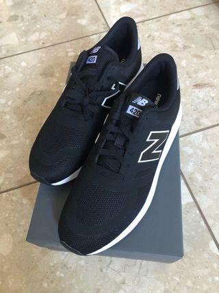 Zapatilla New balance negro 43