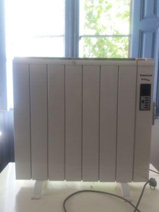 Estufa TAURUS DUBAI de tecnología seca 900W