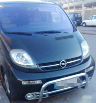 Opel Vivaro 2004