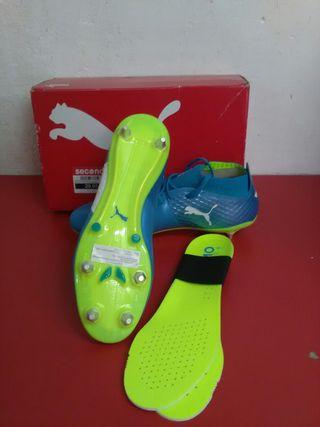 Botas de futbol Puma talla 43
