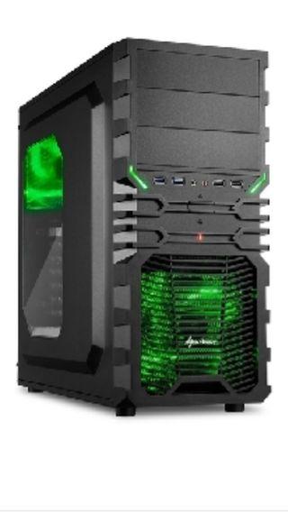 Caja de torre PC