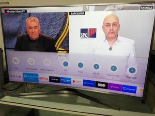 """Televisor curvo 55 """". smart TV. SEMINUEVO"""