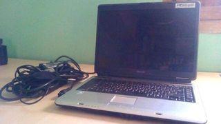 Ordenador Portatil Toshiba piezas + Cargador Origi
