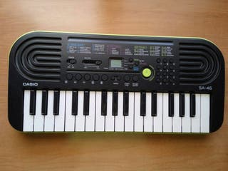 Piano Casio 32 teclas