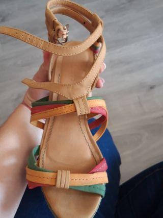 sandalia colores 40