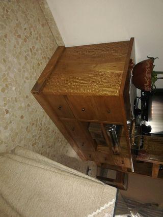 mueble auxiliar TV