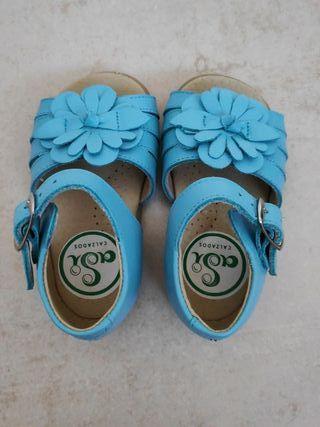 Sandalias bebé turquesa núm 19